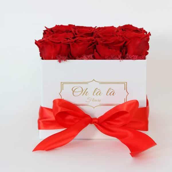 Hranatý box Éternelle rose s vôňou záhradných ruží - do 2 hod. - do-2-hodin, donáška kvetov Bratislava