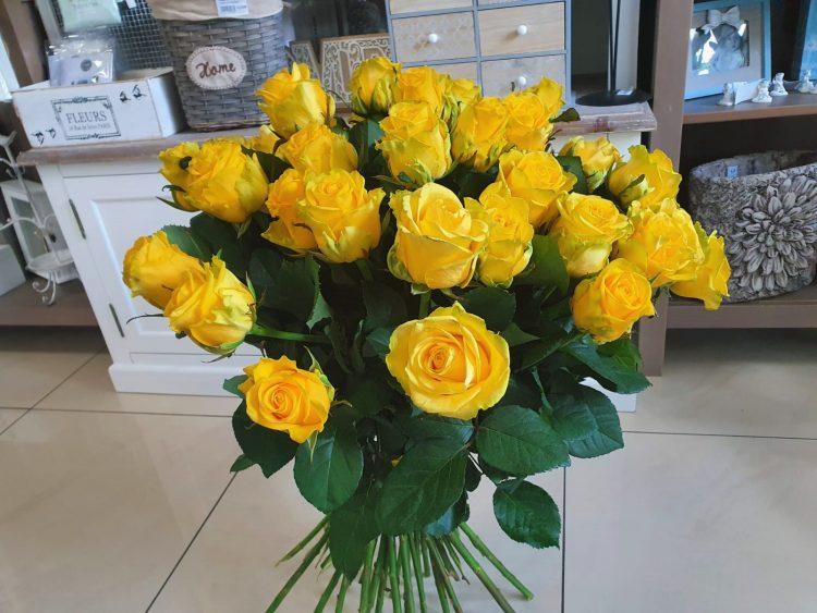 Bouquet de roses pures coloré - kytice, donáška kvetov Bratislava